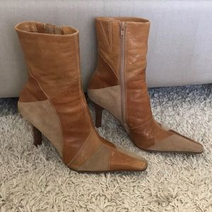 Vintage Mallory tan leather and suede booties